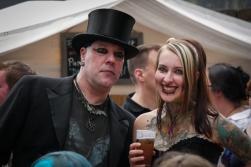 Typisch gekleidet beim Burgfolk Festival in Mülheim an der Ruhr, Foto: Christine Siefer